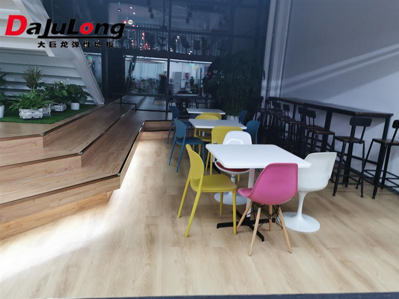 LVT片材地板