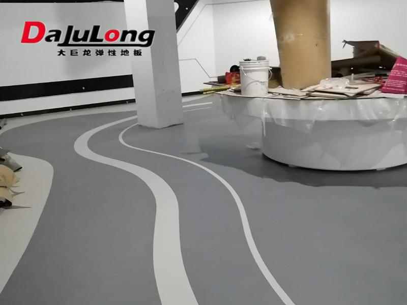 大巨龙通透地板