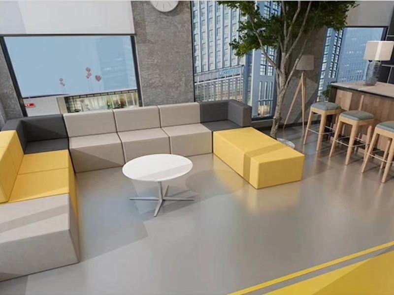 大巨龙地板使用高端的原材料提升了产品质量